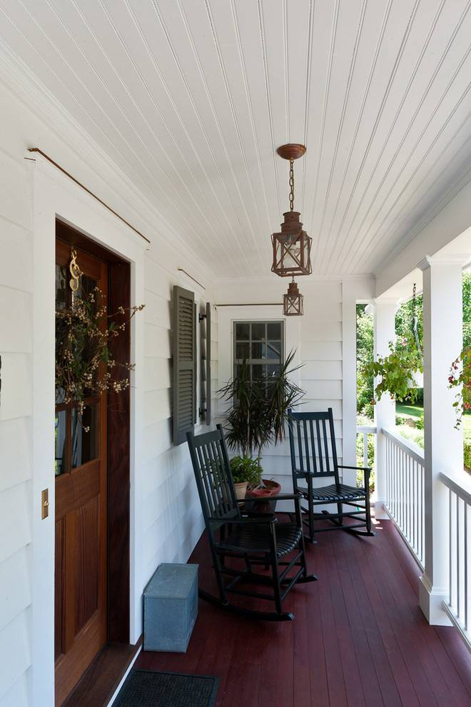 traditional front porch lighting fixture