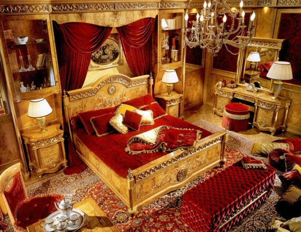 golden bed in baroque style